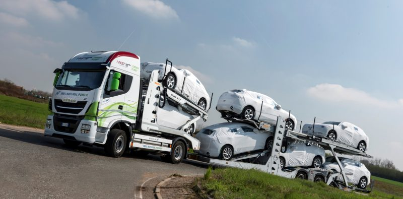 Automotive logistics group uses LNG powered Iveco Stralis