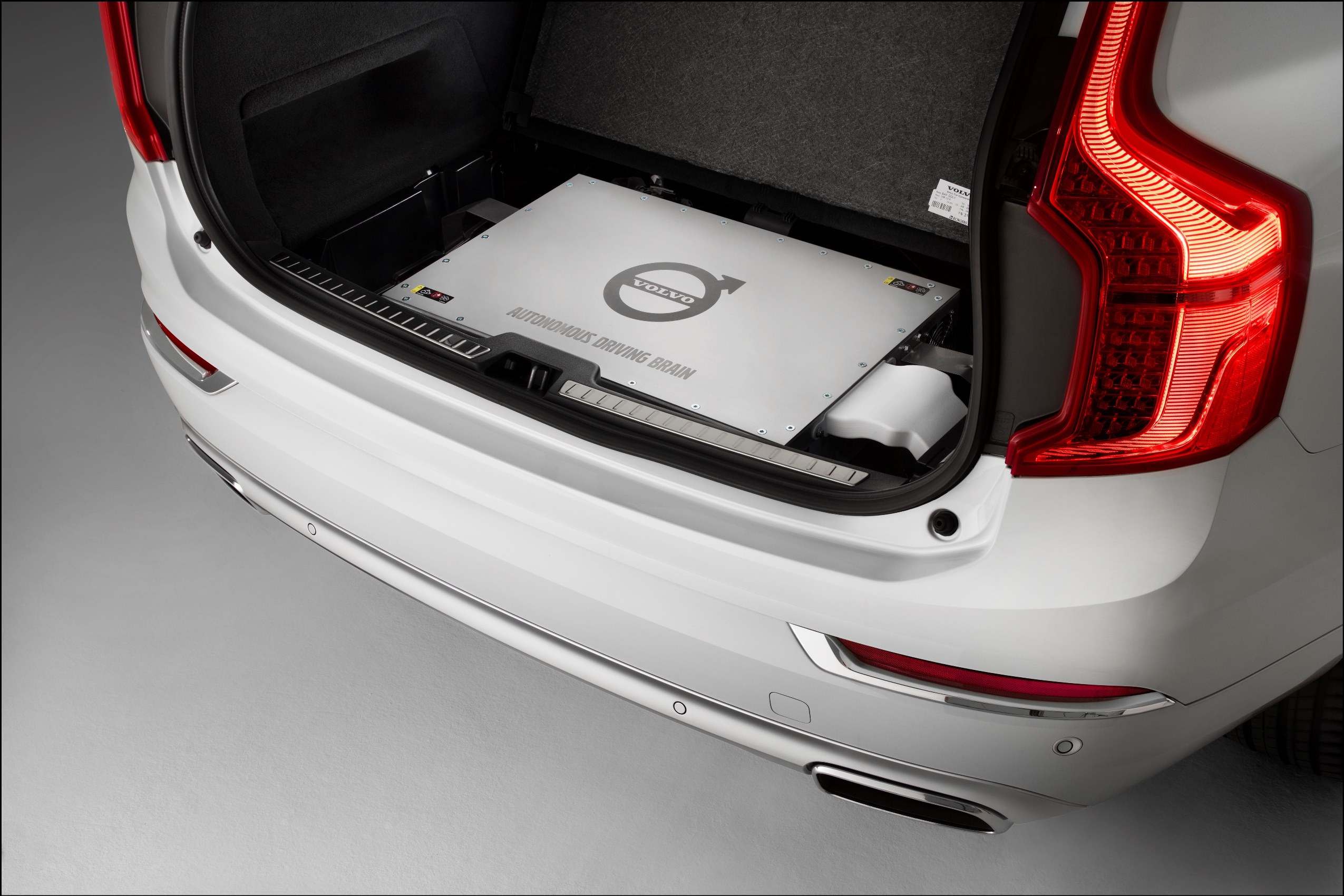 Autonomy in the boot for the Volvo XC90 Drive Me