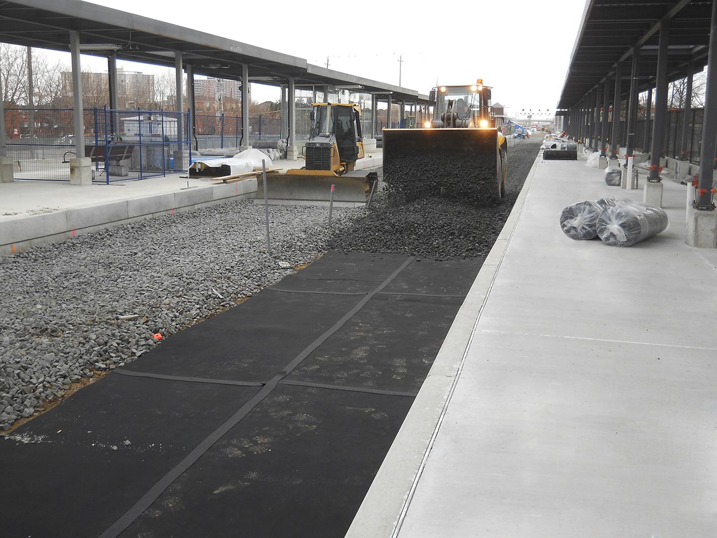 Ballast mats reduce transit vibration
