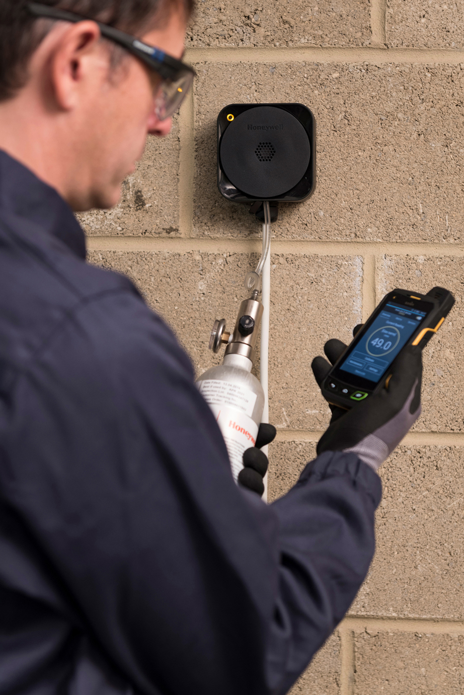 Bluetooth-enabled fixed gas detector