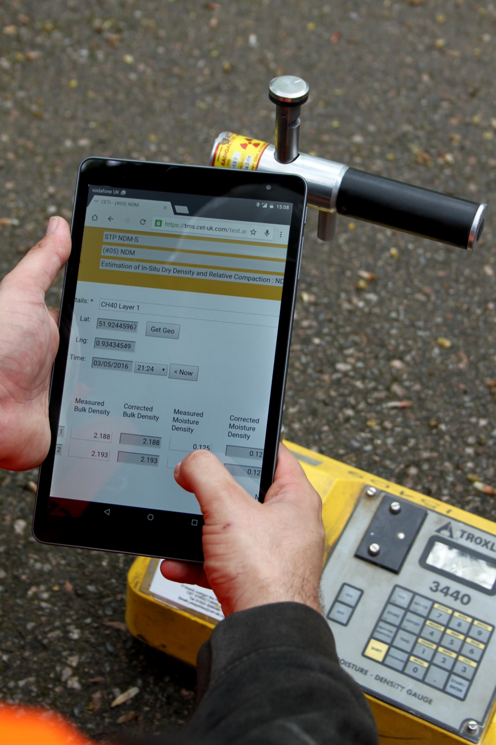 CETi app in use