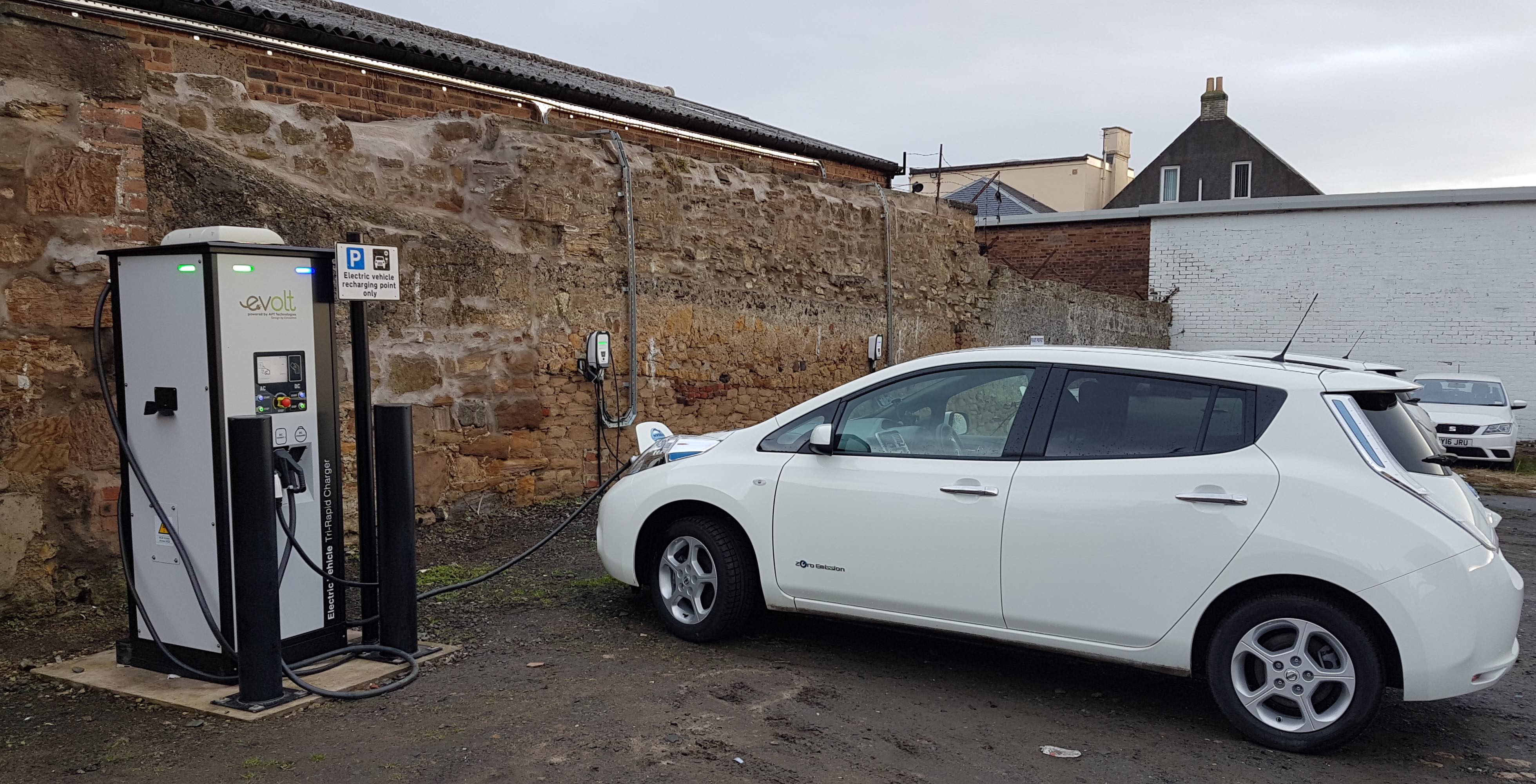 Central Kirkcaldy electric vehicle charge point