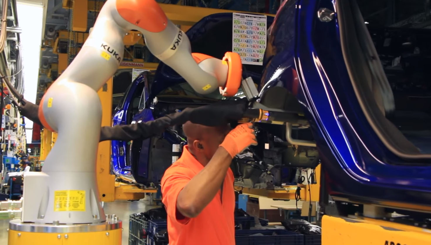 Collaborative robots or cobots at Ford