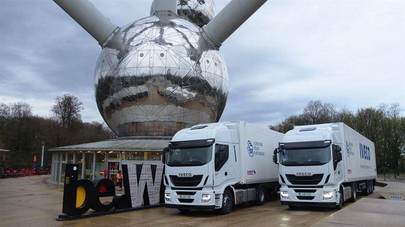 Iveco Stralis Hi-Way trucks in truck platooning challenge