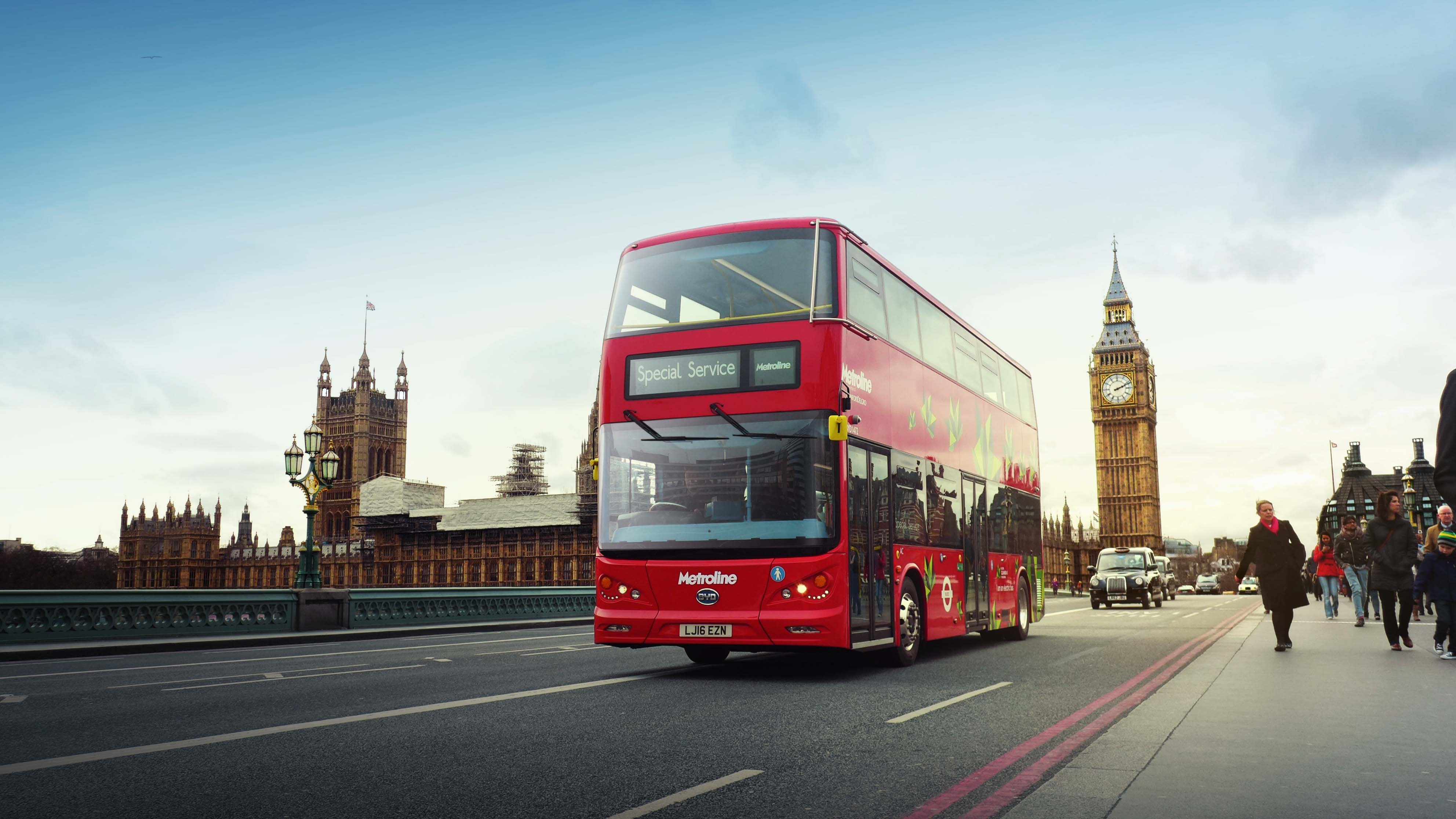Pure electric double decker bus for London