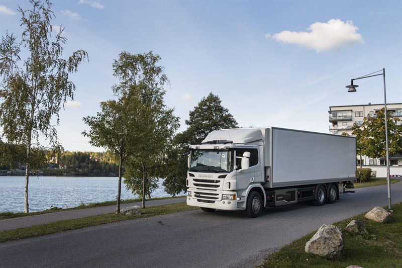 Scania hybrid trucks gain innovation award