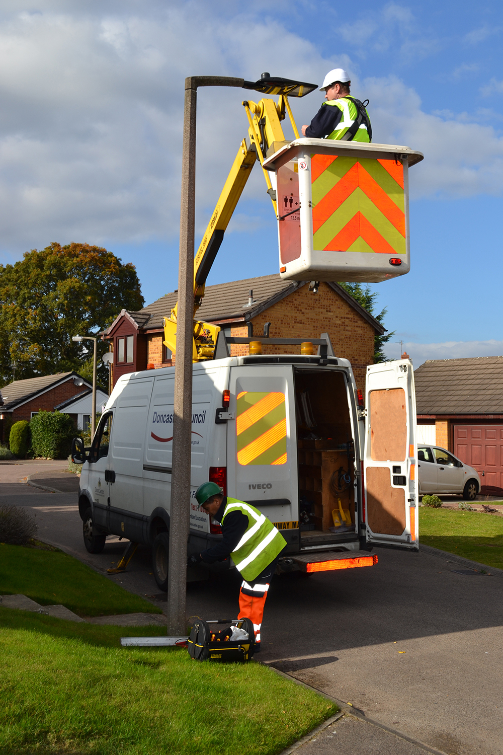 Smart city street lighting deployment in Doncaster