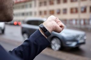Wireless wristband vehicle communications