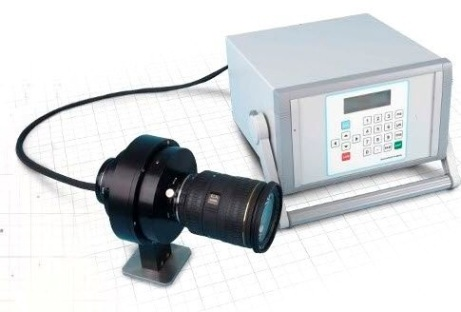 Image intensifier for improved low light performance
