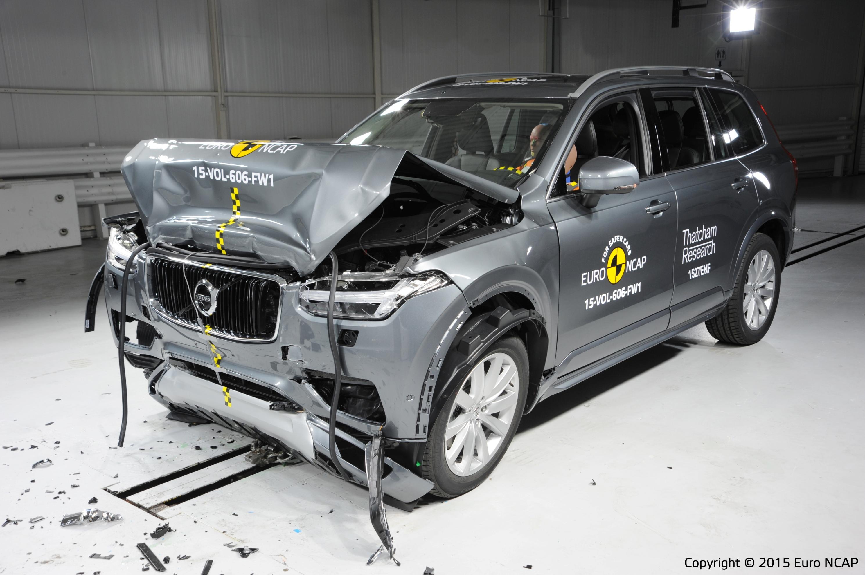 Frontal full width crash test of Volvo XC90