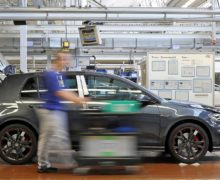 Paexo exoskeleton takes the strain out of overhead work at Volkswagen in Bratislava