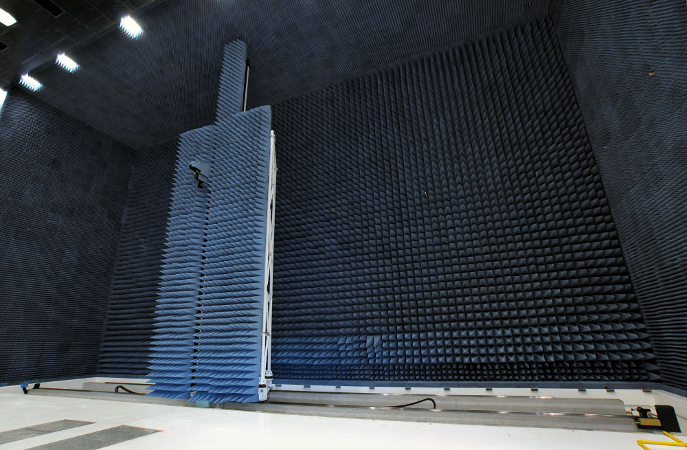 The vertical planar scanner will be one of the largest antenna measurement systems in Europe