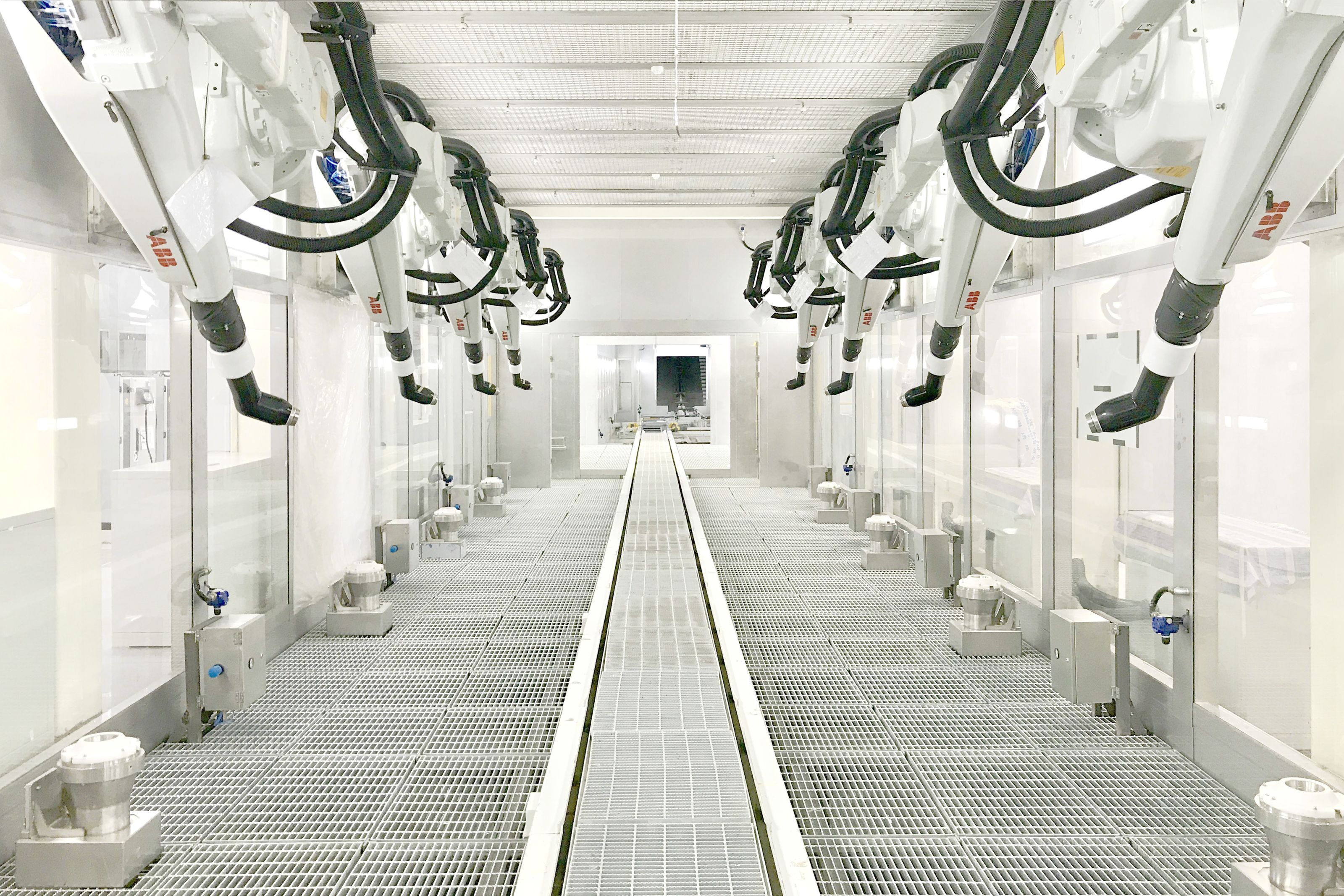 Modern collaborative robots are providing flexibility across multiple industries including distribution