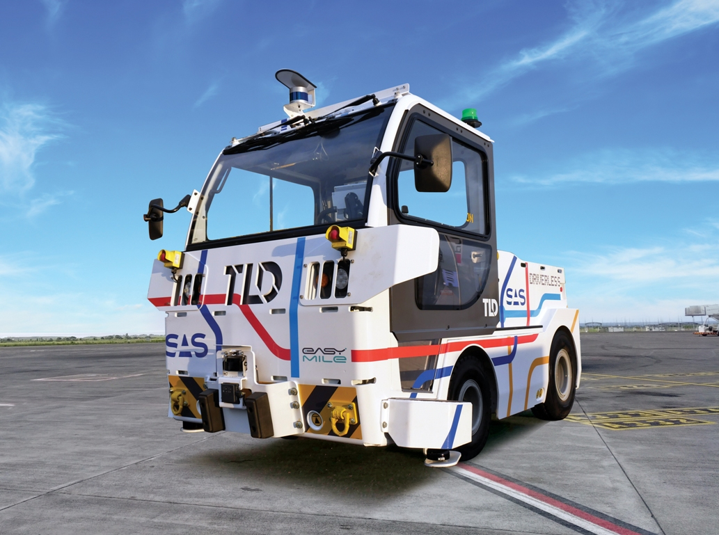Velodyne lidar sensors assist guidance of TractEasy autonomous electric baggage tractors