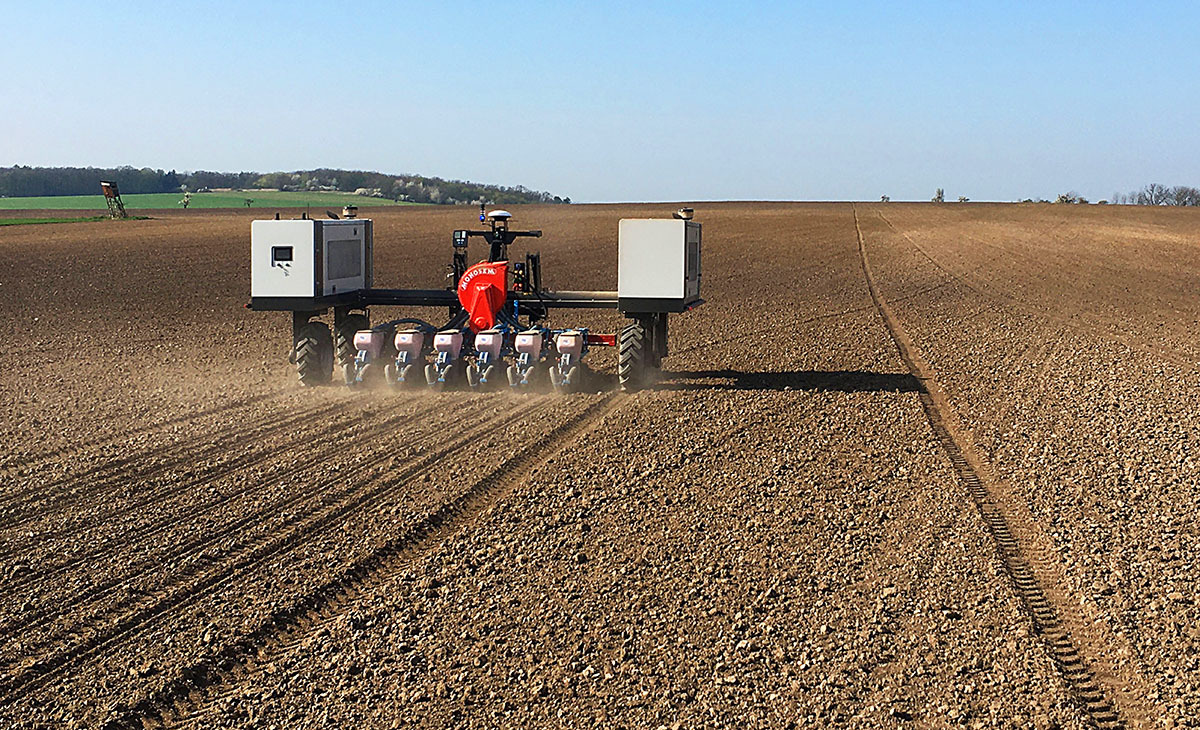 Lidar sensors enable autonomous tool carriers for increased efficiency in agriculture and farming