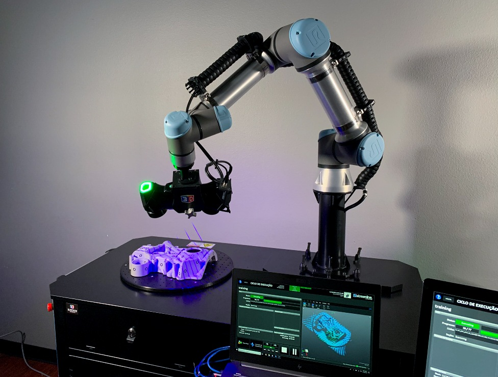 Attended UMA inspection workplace makes use of a Cobot arm to guide the process and project images onto the part