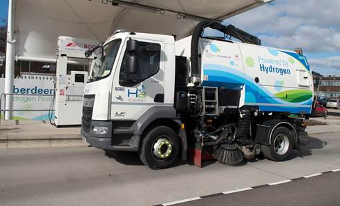 Hydrogen vehicle takes part in low emission freight and logistics trial