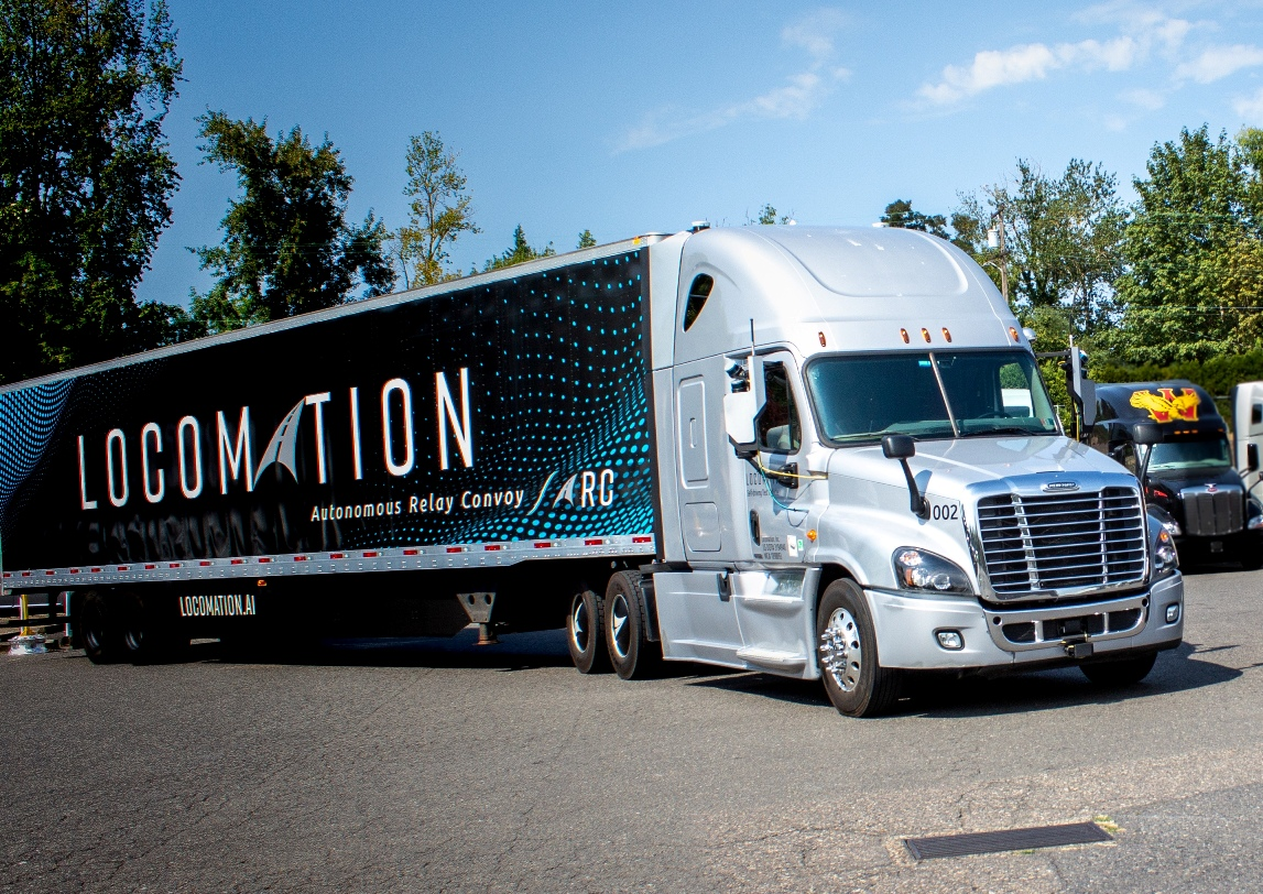 Autonomous technology is being trialled in twin-truck convoys in the USA