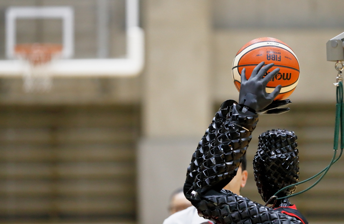 Succeeding in complex sporting achievements gives robots the edge in future AI based automation