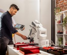 ABB SWIFTI collaborative robot can be easily configured on a tablet or smartphone
