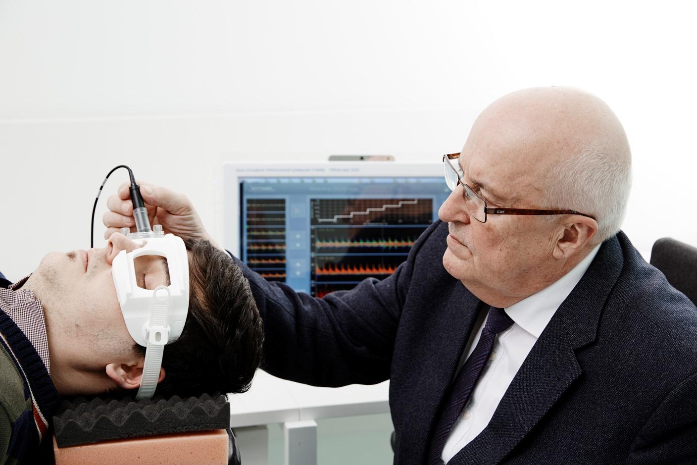 Arminas Ragauskas measures brain pressure ultrasonically