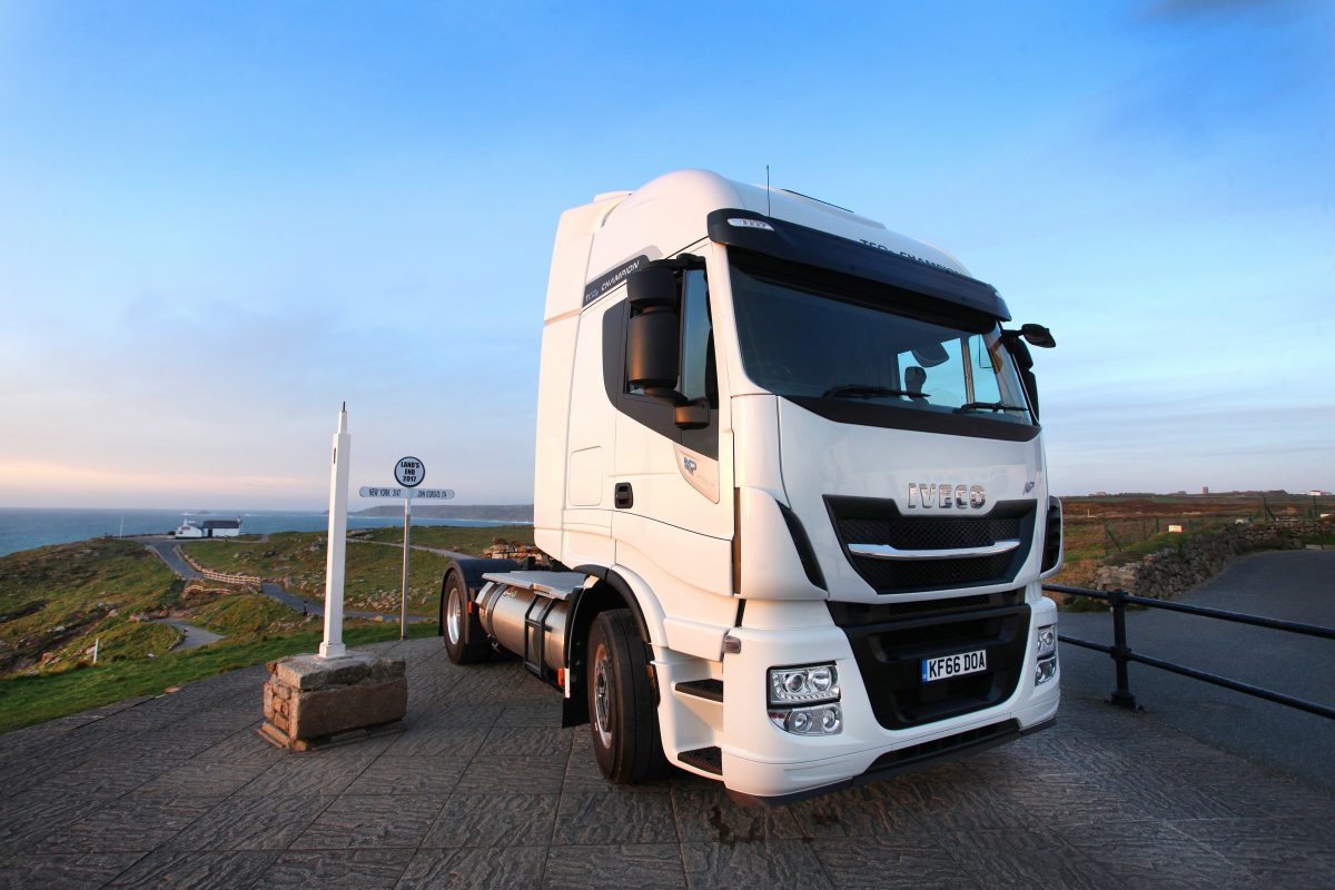 IVECO Stralis travels 837 miles without refuelling