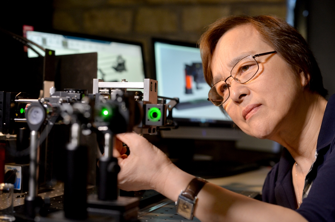 Jane Jiang of the Future Metrology Hub at Huddersfield University