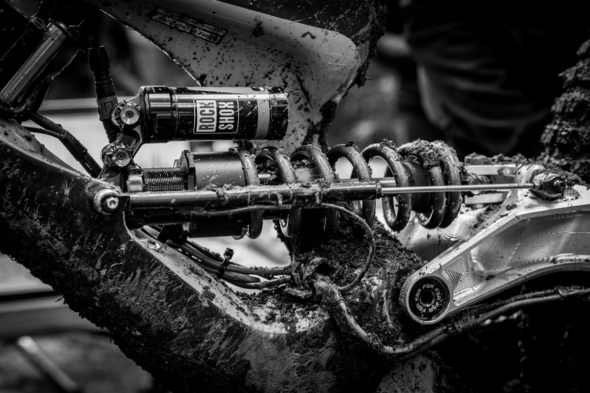 Linear position sensors on mountain bikes