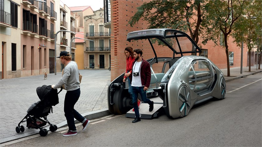 Renault EZ-GO concept vehicle for shared urban e-Mobility