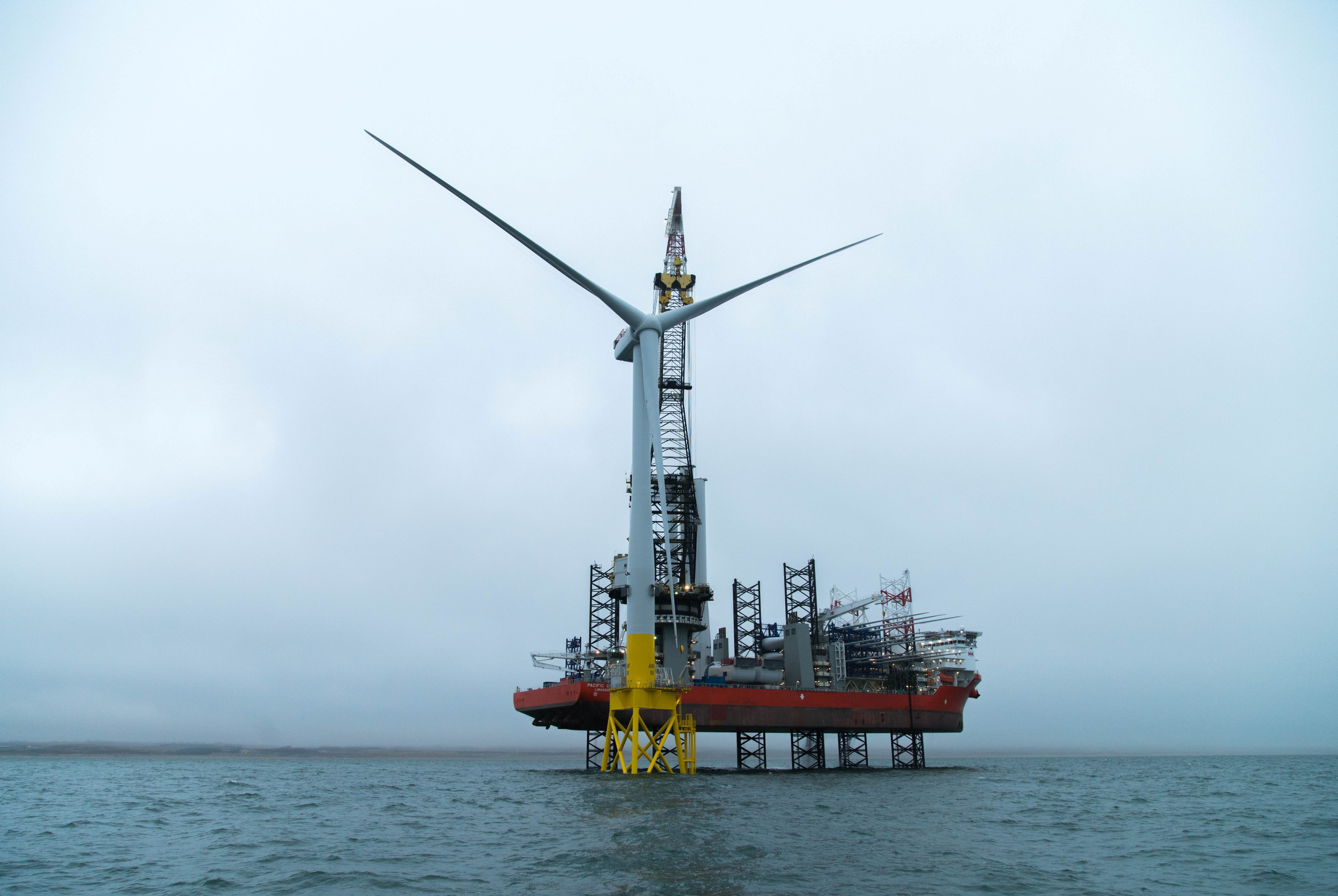 Wind turbine installation in Scottish waters